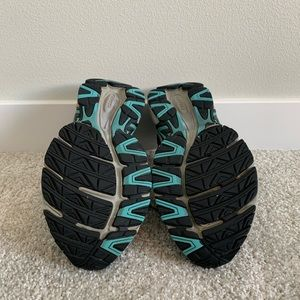 Saucony Shoes - Women's Saucony Oasis 2 Running Shoes Size 8